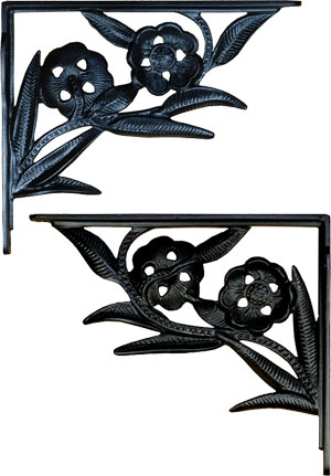 Cast Iron Dogwood Shelf Bracket